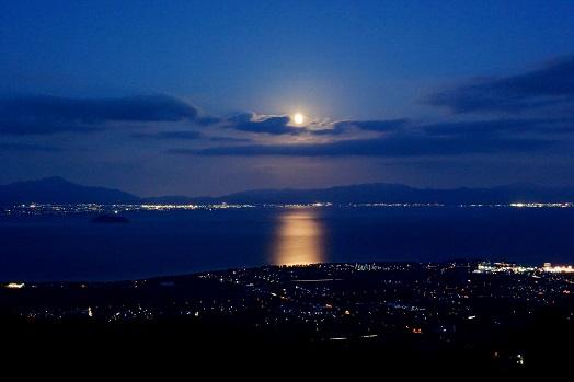 中秋の名月に「箱館山ナイトゴンドラ」で幻想的な夜を楽しみませんか